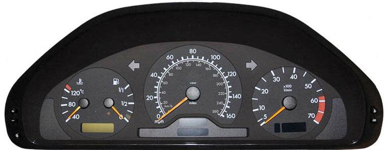 Licznik Mercedes E210
